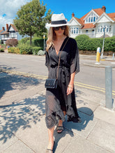Load image into Gallery viewer, The Remi Maxi Dress in Black