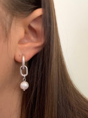 Link + White Pearl Drop Earring