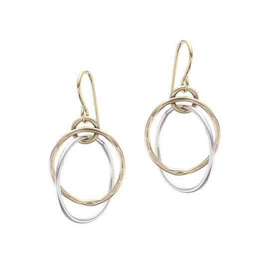 Interlocking Hammered Rings Wire Earring