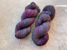 Load image into Gallery viewer, Delicious sock 'Dark special blend' colourway