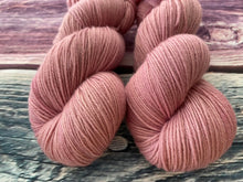 Load image into Gallery viewer, Sustainable Merino fingering- 'Adore' colourway