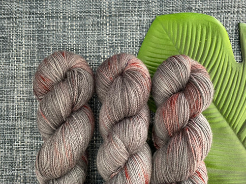 Dandy sock- 'Vampire love' colourway