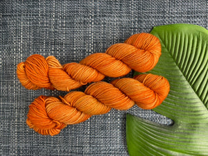 Delicious sock yarn 'Orange is the new black' colourway
