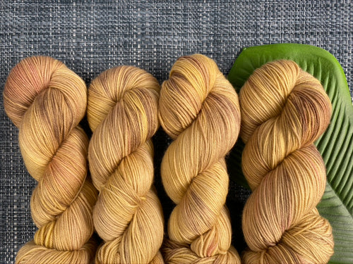Delicious sock yarn 'Cardamom' colourway
