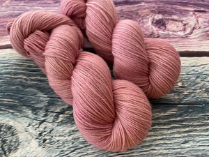 Sustainable Merino fingering- 'Adore' colourway