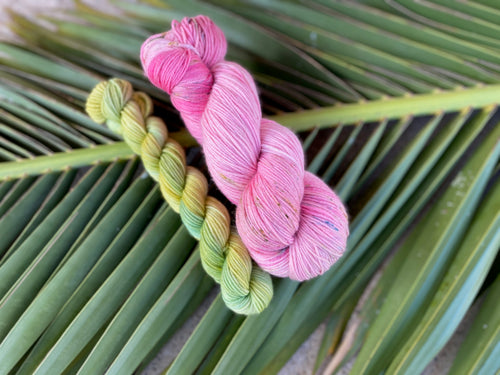 Delicious sock 'Azalea' colourway Spring flower collection
