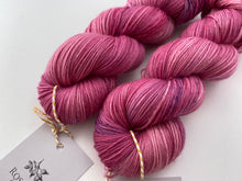 Load image into Gallery viewer, Dandy sock- 'Princess lillies' colourway