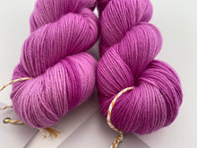 Load image into Gallery viewer, New Merino fingering- 'Pink for days' colourway