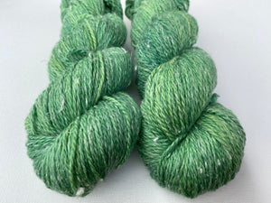 Merino Hemp DK yarn - 'Green grass' colourway