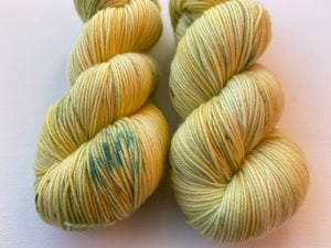 Delicious sock 'Daffodil' colourway Spring flower collection