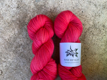 Load image into Gallery viewer, Delicious sock 'Flamingo festive' colourway