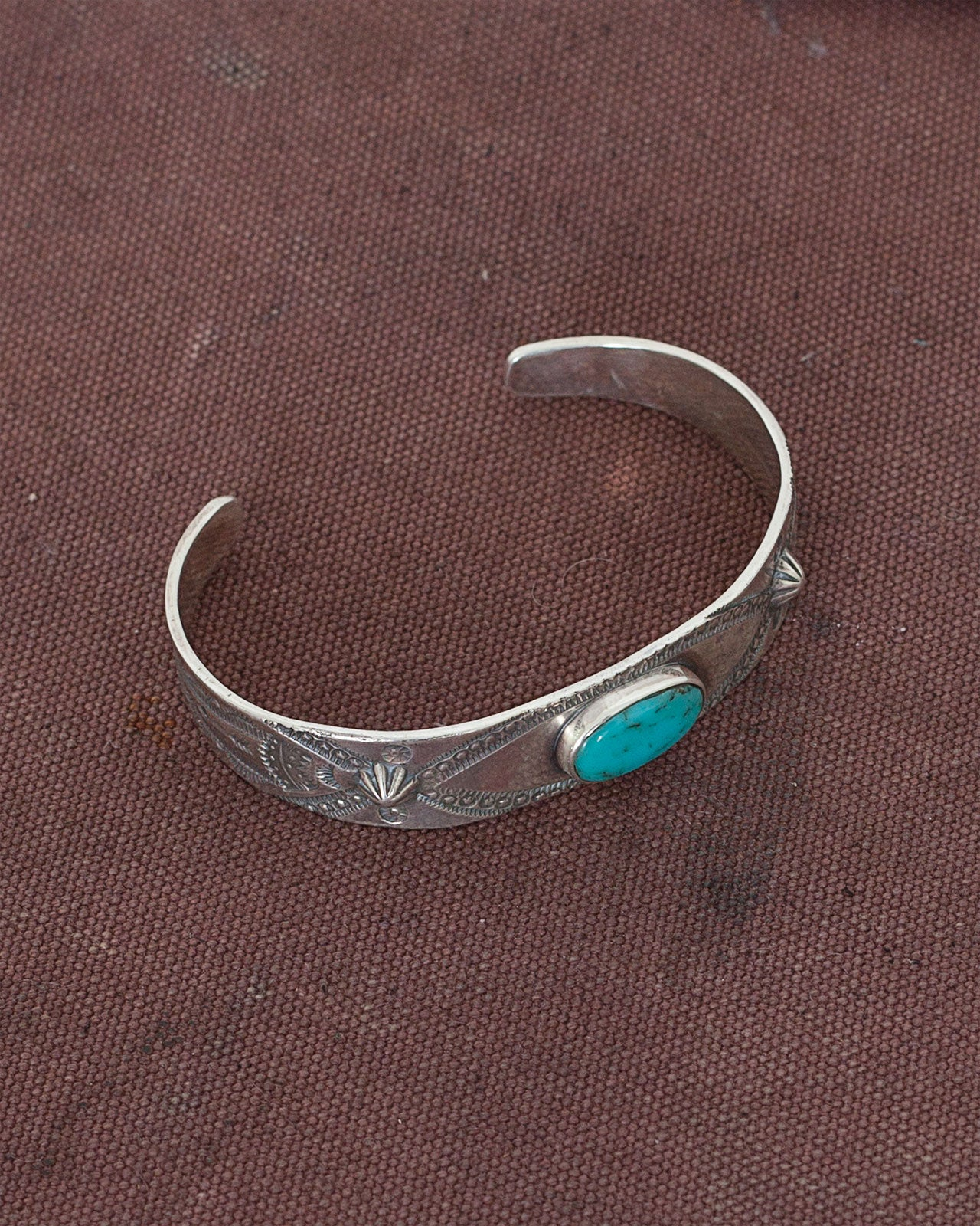 Larry Smith Oval Turquoise Bracelet