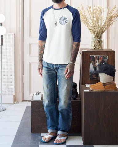Indigofera Leon Raglan Sweater, Cocatoo White / Navy, Logo