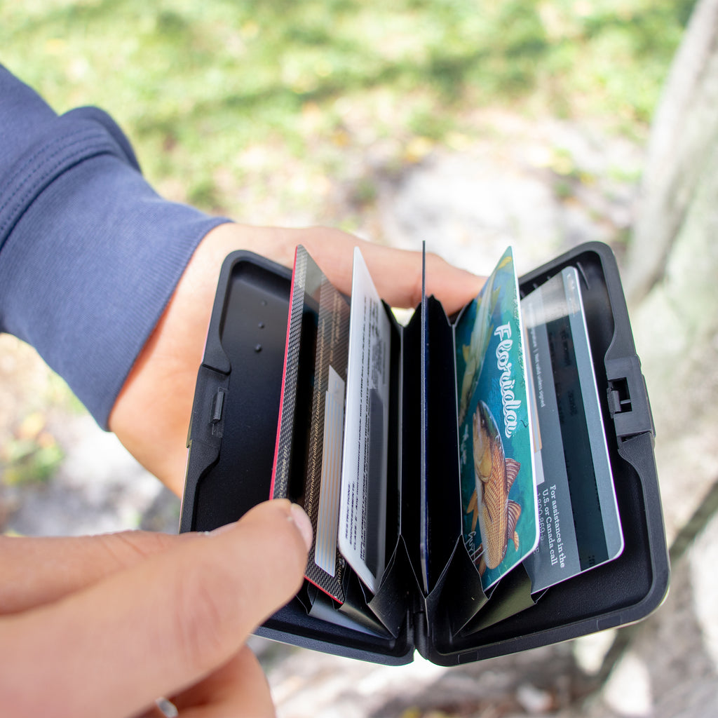 Metallic RFID Wallet & Credit Card Case - [variant_title] - Travellty