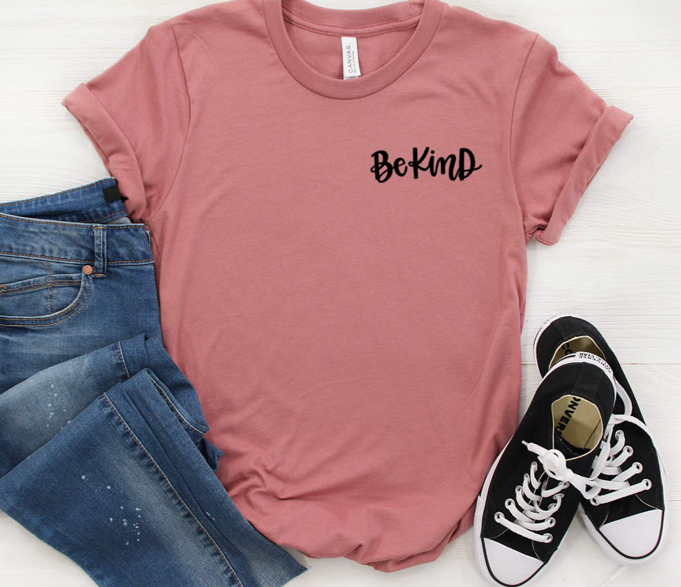 Be Kind Pocket Shirt in Curvy Size