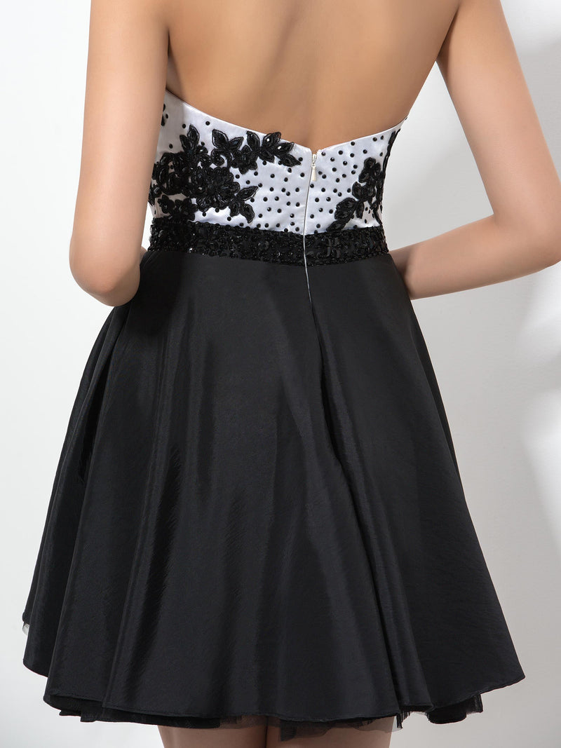 Sweetheart Short/Mini Beading A-Line Homecoming Dress