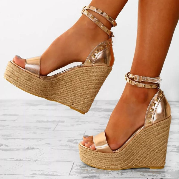 Golden Open Toe Wedge Heel Casual Sandals for Women