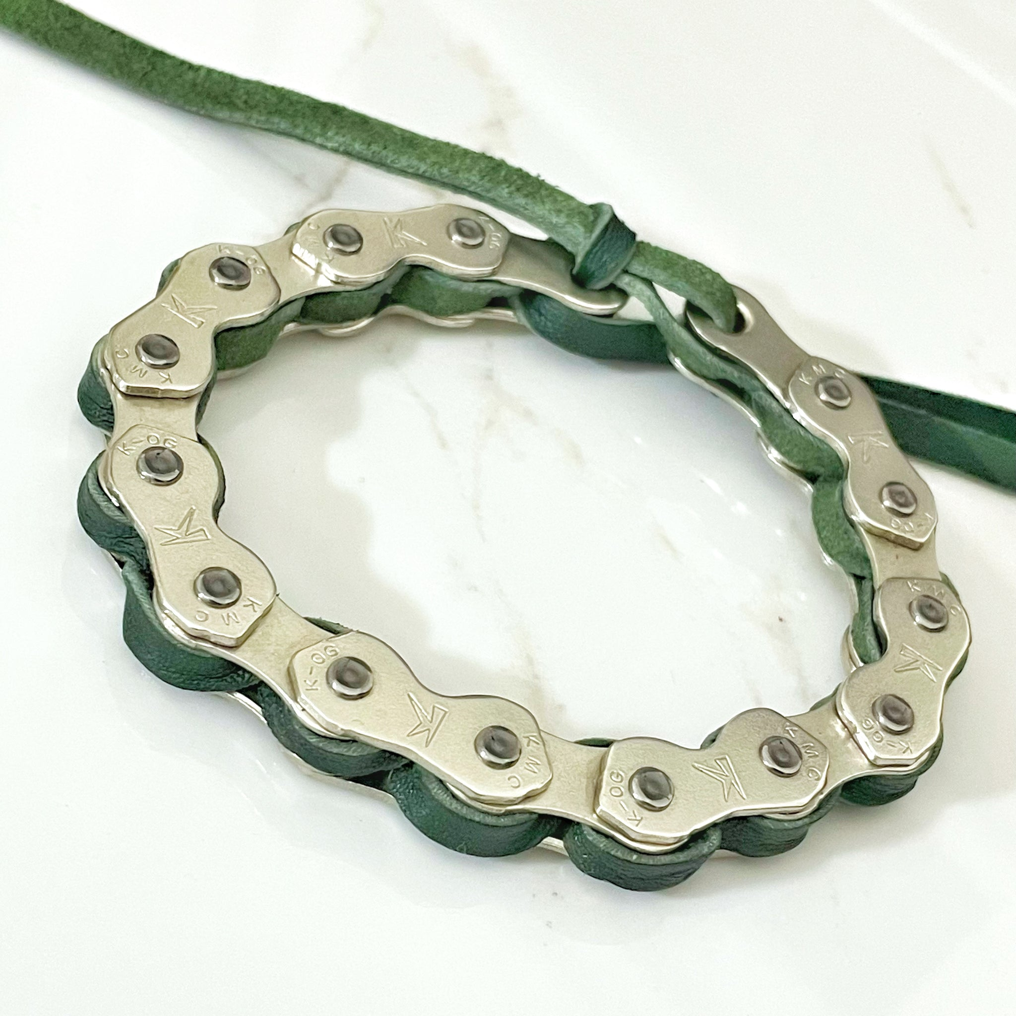 Made-to-order folio phone case