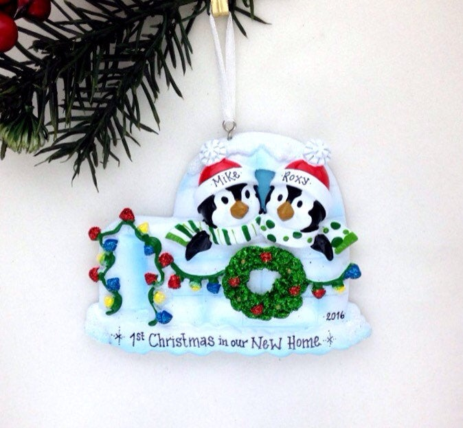 First Christmas / Personalized Christmas ornament / Penguins / Handwritten with Custom Names