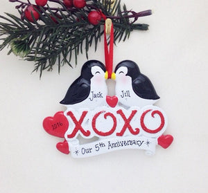 Kissing Penguins XOXO Personalized Christmas Ornament / First Christmas / Couple
