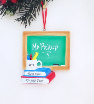 Chalkboard Personalized Christmas Ornament / Chalkboard and Books Ornament / Teacher Ornament / Teacher Gift / Best Teacher