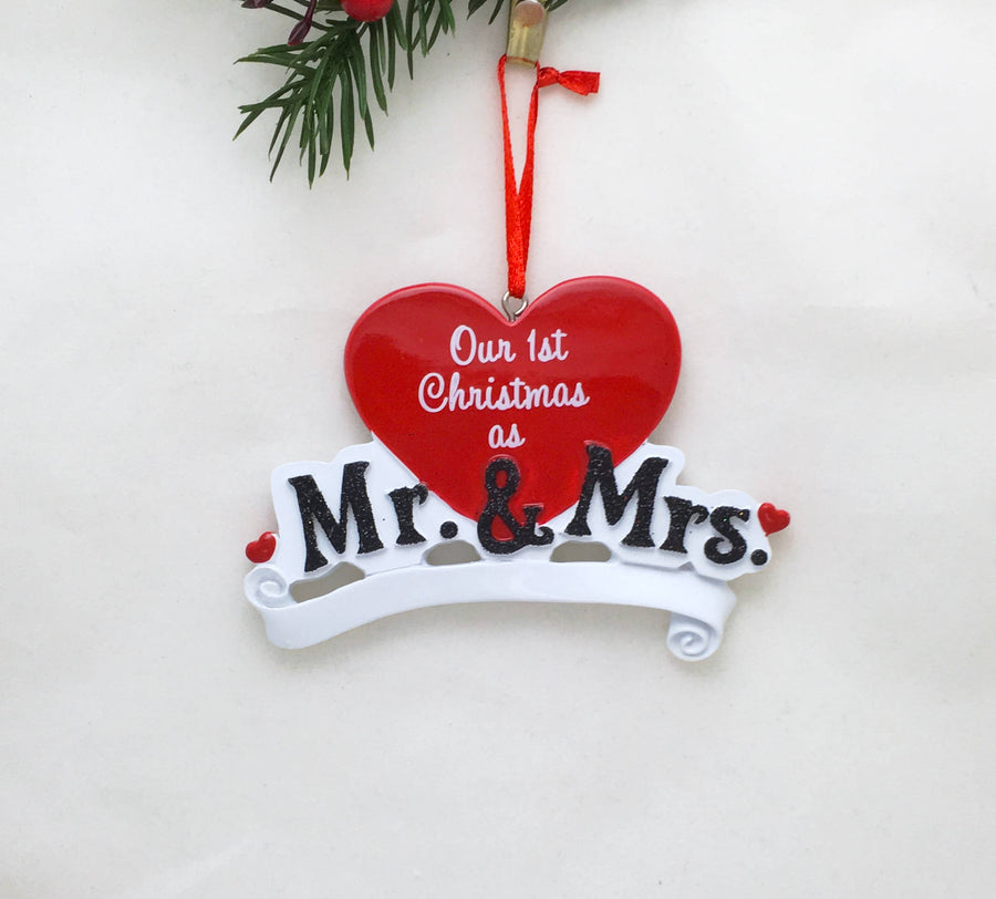 Mr. and Mrs. Personalized Christmas Ornament / Wedding Ornament / Personalized Ornament / First Christmas