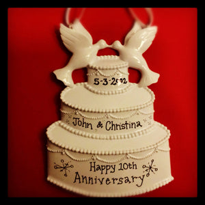 Wedding Cake Personalized Christmas Ornament / Our First Christmas Married
