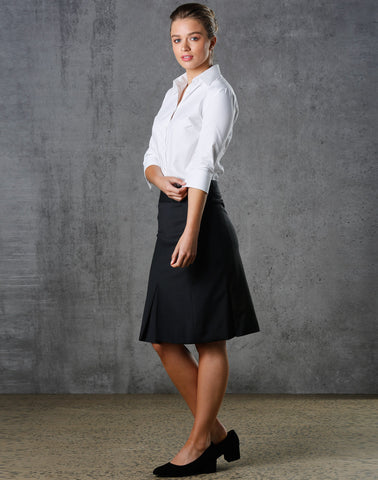 M9473 - Ladies Wool Stretch Pleated Skirt Benchmark