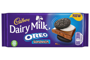 Chocolate Cadbury Oreo sándwich