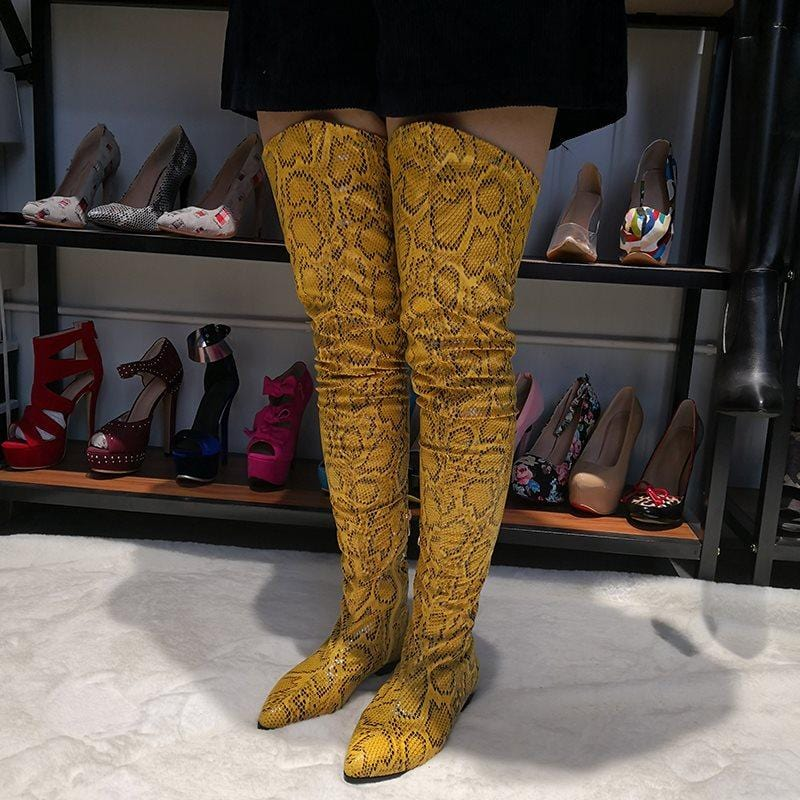 Back Zip Block Heel Pointed Toe PU Serpentine Boots