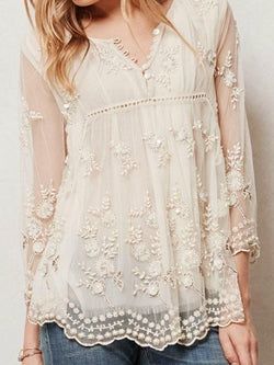 Regular Embroidery Three-Quarter Sleeve Standard Blouse