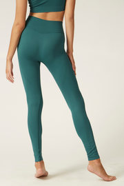Lifestyle Leggings I Women's High Performance and Eco-friendly Activewear I Bella Eco Australia I Teal I Small