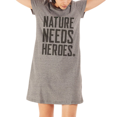T-Shirt Dress PET Reciclado - Nature Needs Heroes