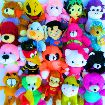 50% Licensed Plush Mix (Small) 7-9