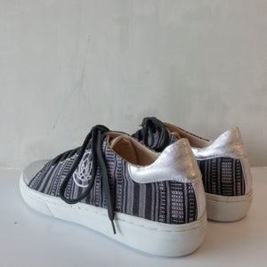 Angie Sneaker in Grey