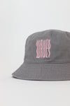 Grey / Baby pink bucket hat