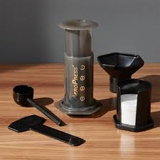 aeropress, café filtre, filter coffee, equipment, manual / manuel machine, coffee on the go, café sur le pouce