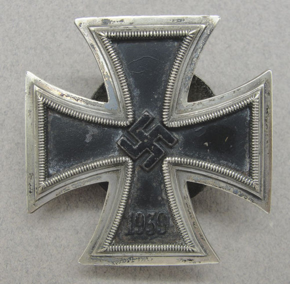 1939 Iron Cross First Class Screwback Version by L58 Rudolf Souval Vienna