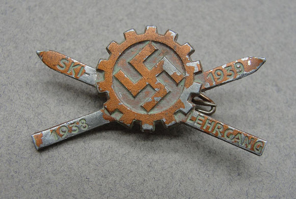1938-39 DAF Ski Course Badge