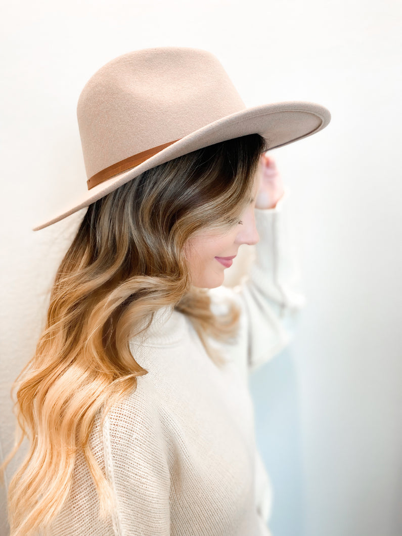 Billie Hat In Taupe