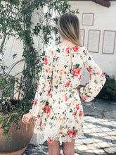 Load image into Gallery viewer, Flowy Floral Dress