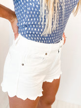 Load image into Gallery viewer, Scallop Denim Shorts in White