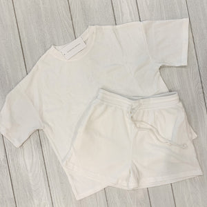 Ribbed Shorts Set in White