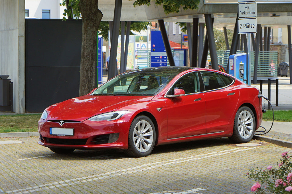 What to know before buying electric car