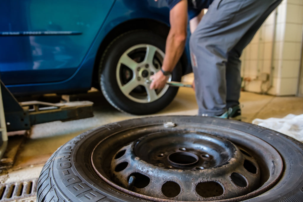 what to do when tyre burst