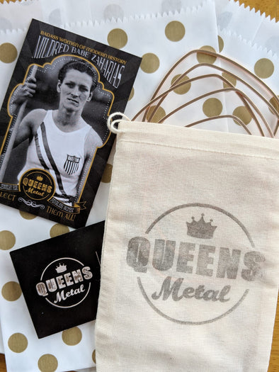 Gift Wrapping and Note - Queens Metal