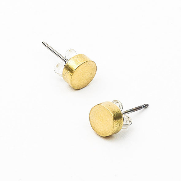Dot Studs in Brass - Queens Metal