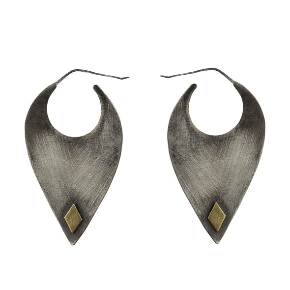 Blade Earrings in Sterling Silver - Queens Metal