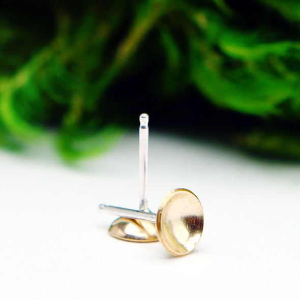 Saucer Studs in 14K Gold Fill - Queens Metal