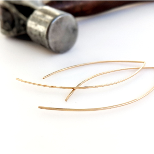 Swoop Earrings in 14K Gold Fill - Queens Metal